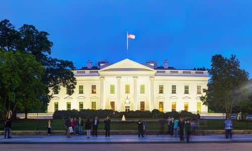 The White House building in Washington, DC–© AndreyKr- DepositPhotos.com