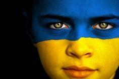 ukraineflagfacepaint