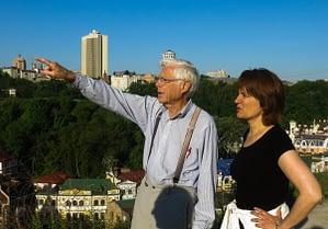 Jay Sloop, MD in Kiev